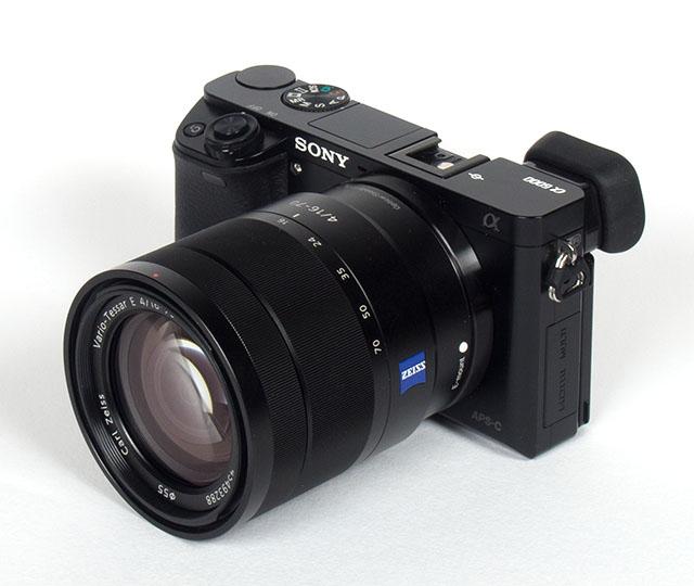 sony a6000 w 16-70mm f4 lens