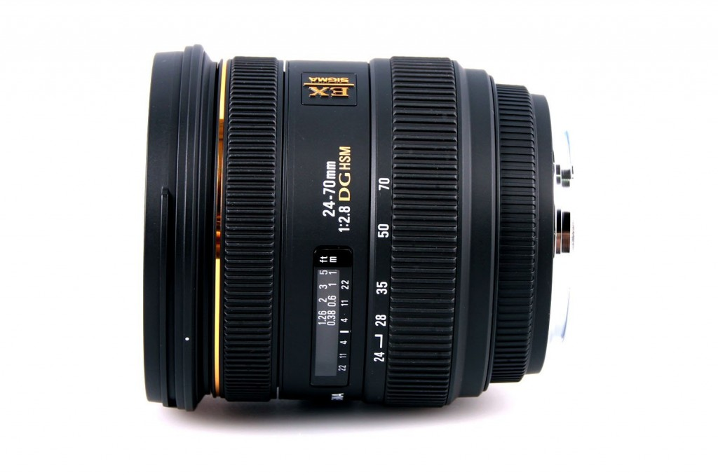 Sigma 24-70mm F2.8 DG HSM EX lens