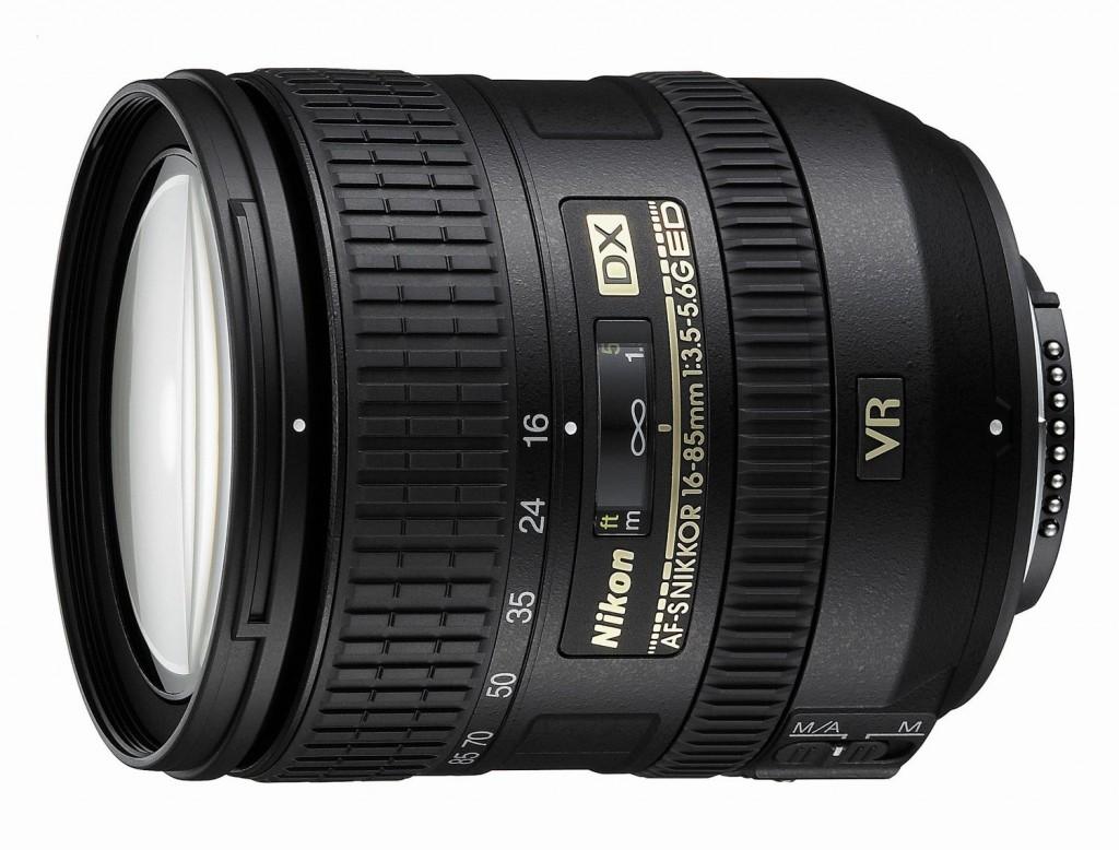 Nikon 16-85mm F3.5-5.6G DX lens