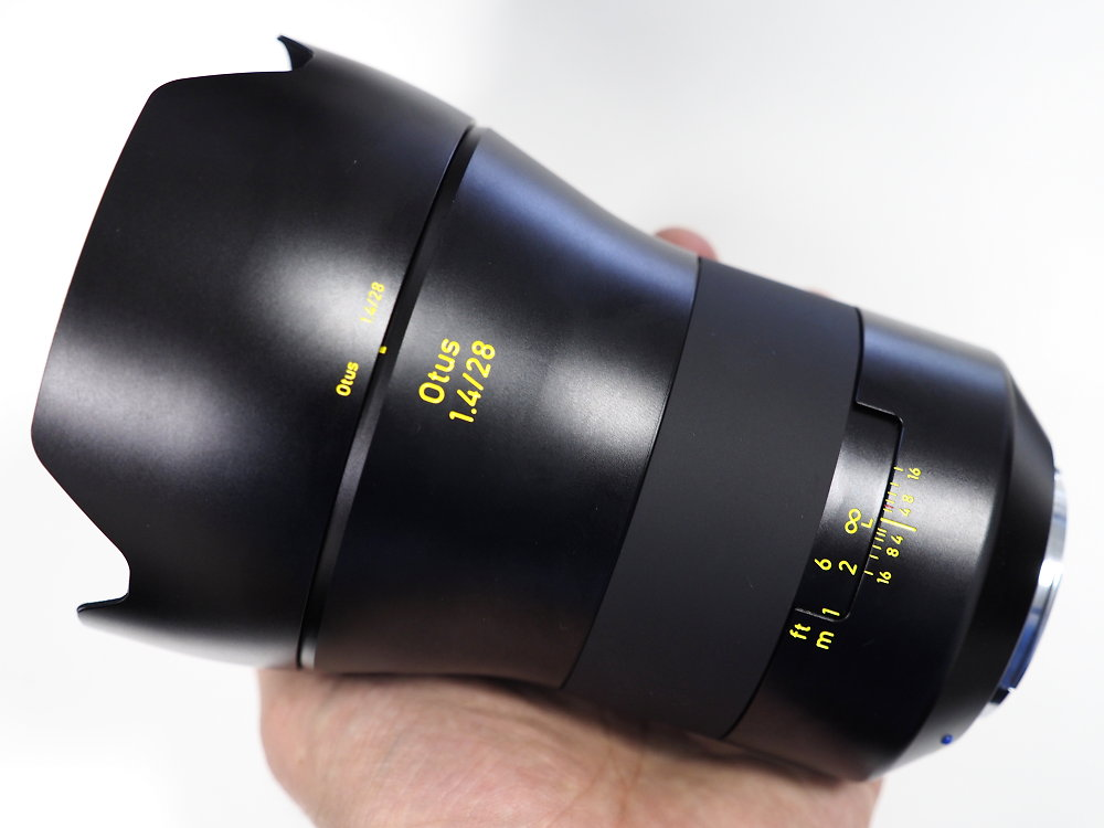 Zeiss Otus 28mm F1.4 Lens