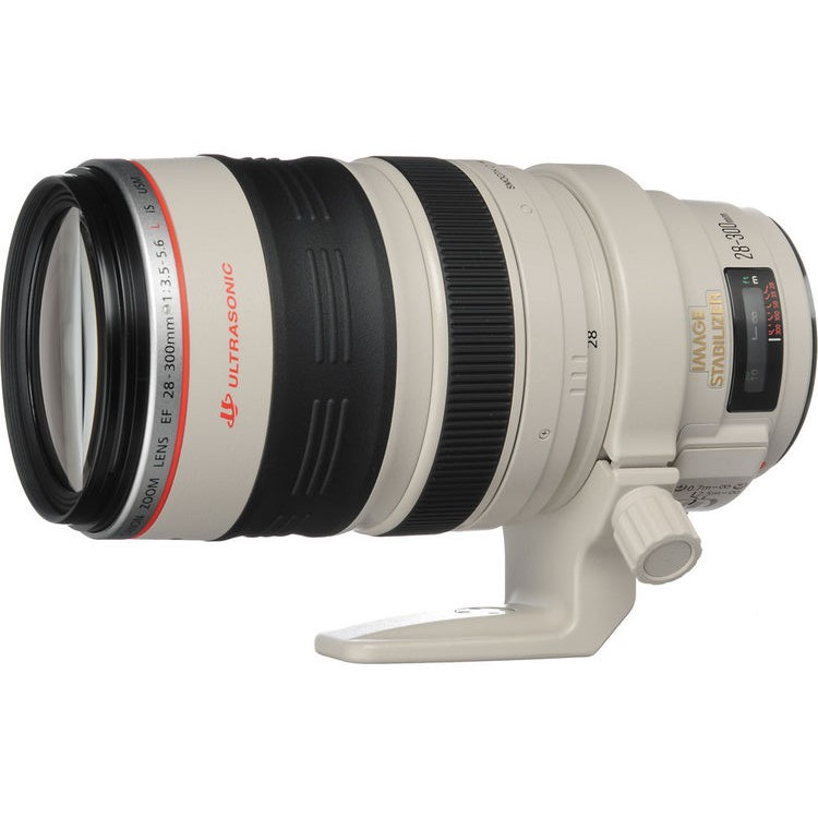 Canon EF 28-300mm IS lens