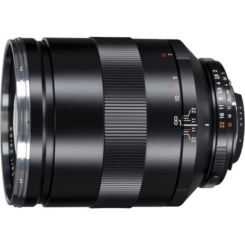 Zeiss 135mm F2 Apo Sonnar lens