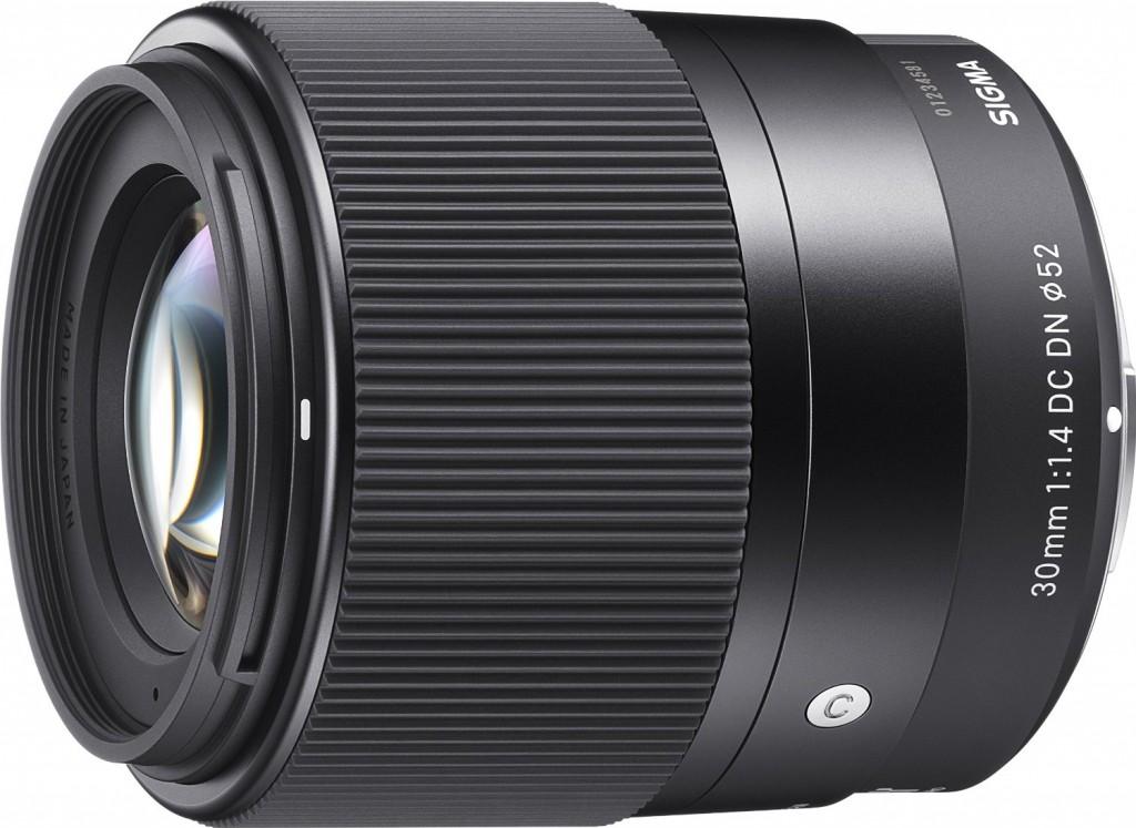 Sigma 30mm F1.4 DC DN C lens
