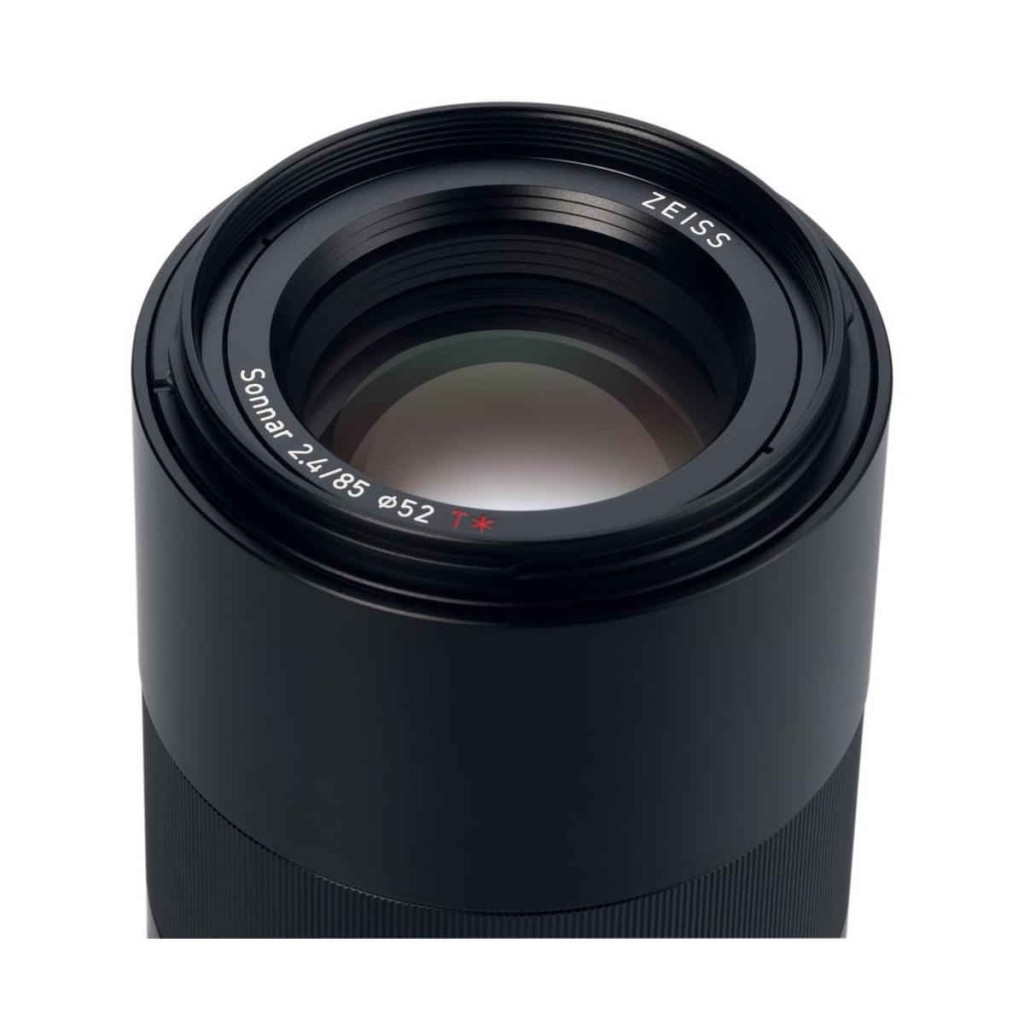 zeiss-loxia-85mm-f2-4-lens2