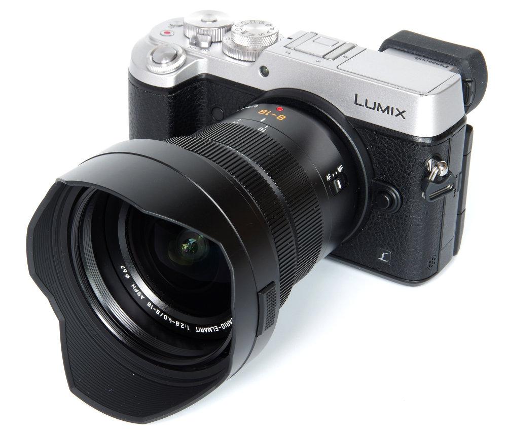 1000-panasonic_leica_8-18mm_with_hood_on_gx8