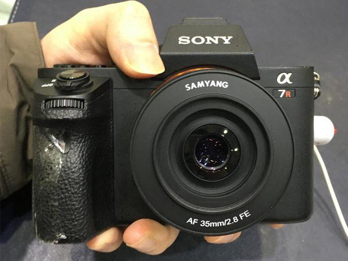 Samyang AF 35mm F2.8 FE lens