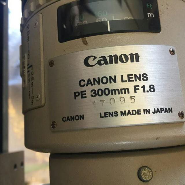 Canon 300mm F1.8 lens images3