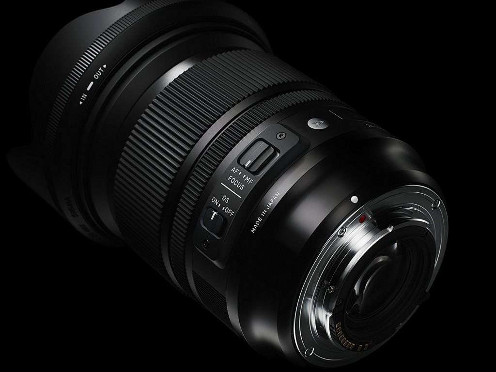 Sigma 24-105mm F4.0 DG Art lens