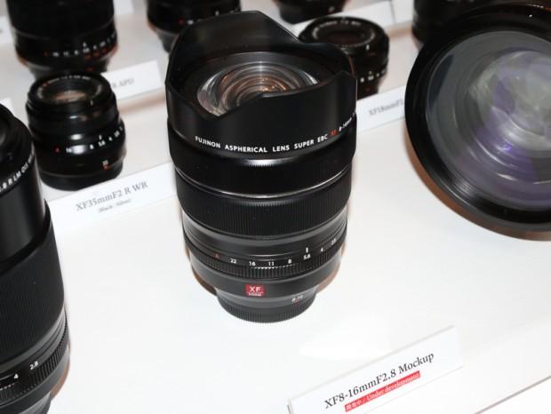 Fujifilm-XF-8-16mm-f2.8-R-LM-WR-lens