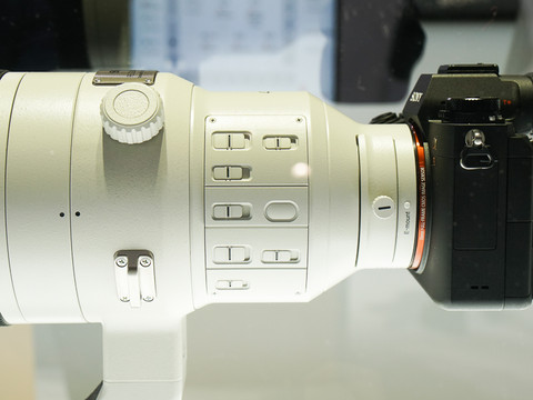 Sony FE 400mm F2.8 GM lens images3
