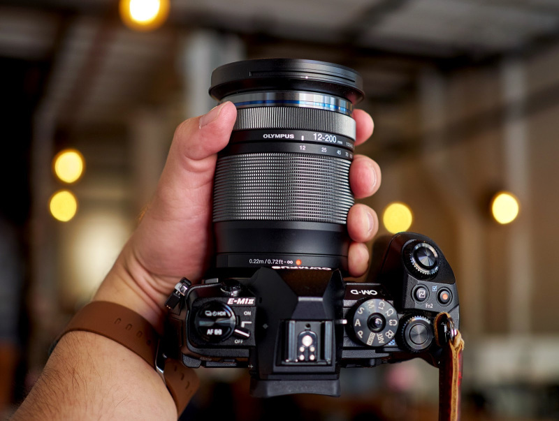 Olympus 12-200mm F3.5-6.3 lens review