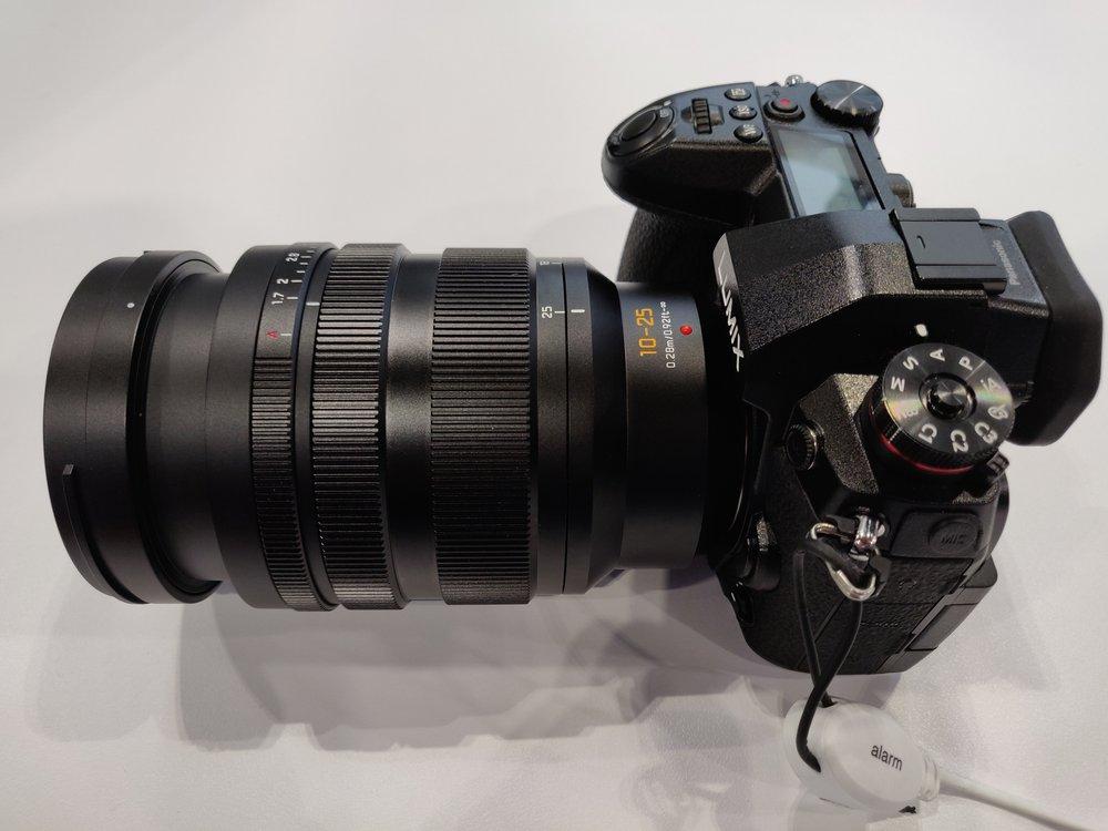 Panasonic-Leica-10-25mm-f1-7-zoom4