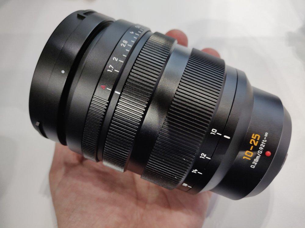 Panasonic-Leica-10-25mm-f1-7-zoom7