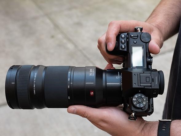 Panasonic Leica DG Vario-Summilux 10-25mm F1.7 ASPH Lens2