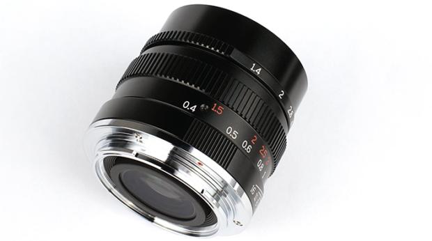 7artisans-35mm-f-1.4-fe-lens1