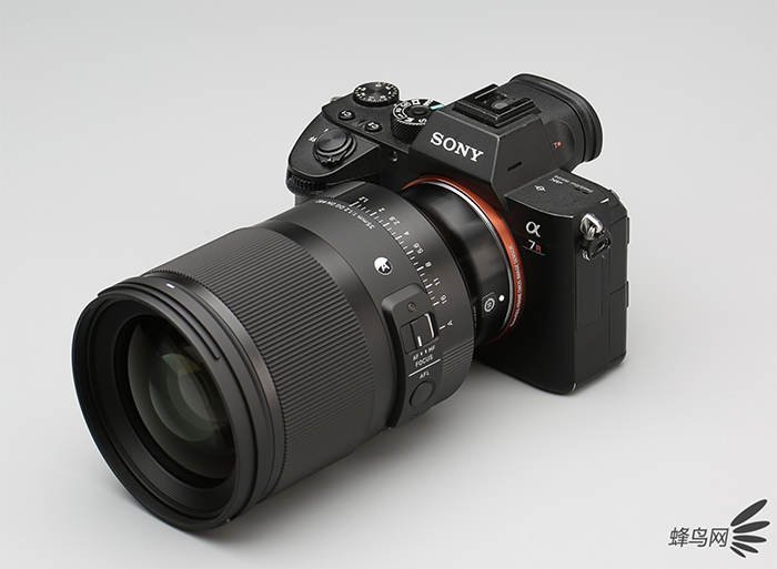 Sigma 35mm F1.2 DG DN Art lens